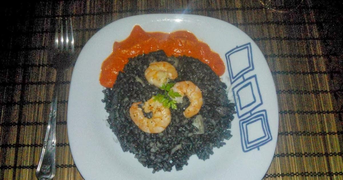 Cocina de emergencia risotto negro con calamar y gambas - Limpiar calamares pequenos ...