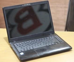 harga laptop bekas axioo mnc
