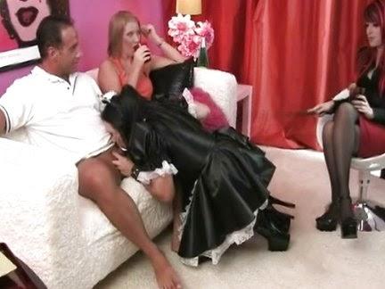 gornichnaya-transseksual