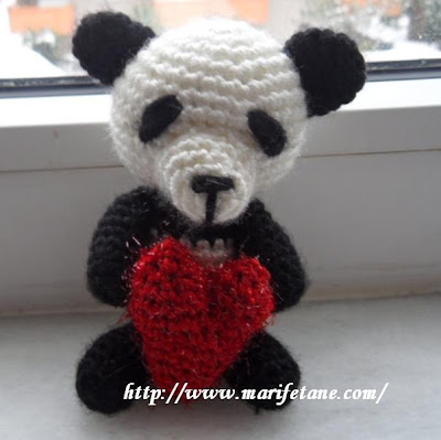 amigurimi örgü oyuncak panda