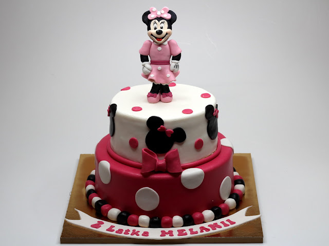 Birthday Cake with Minnie Mouse - Chelsea Cakes