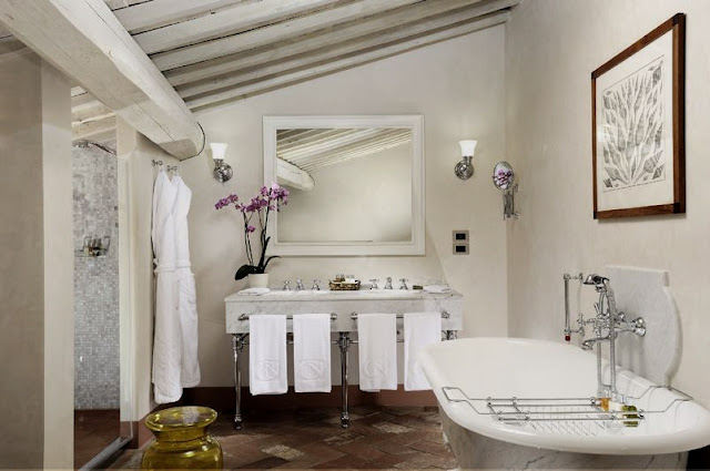 Castello del Nero, deluxe suite bathroom, image via Castell del Nero website, edited by lb for linenandlavender.net: http://www.linenandlavender.net/2010/01/design-daily-hotel-feature-castello-del.html