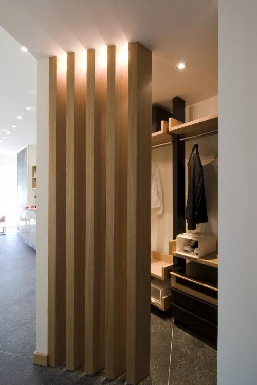 Bridoor s l separacion entre interiores de madera for Madera para interiores