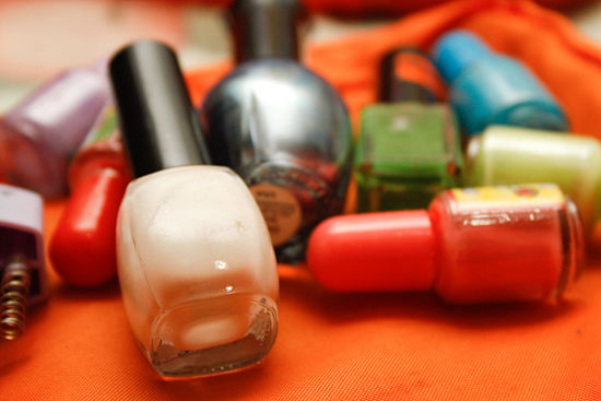 Nail Colour every girl to look pretty