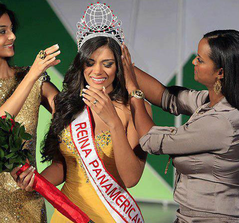 Panamerican Queen of Sugarcane 2012 winner Yohana Paola Vaca Guzman of Bolivia