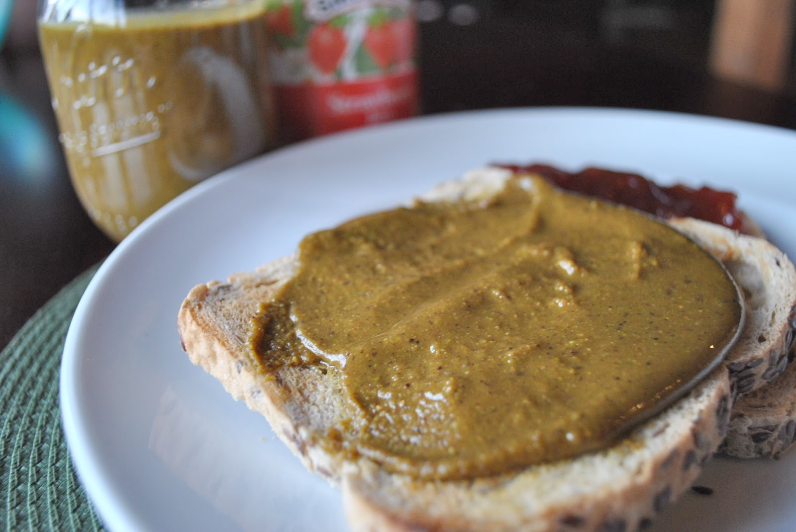 Feed My Sole: Recipe: Honey Pistachio Butter