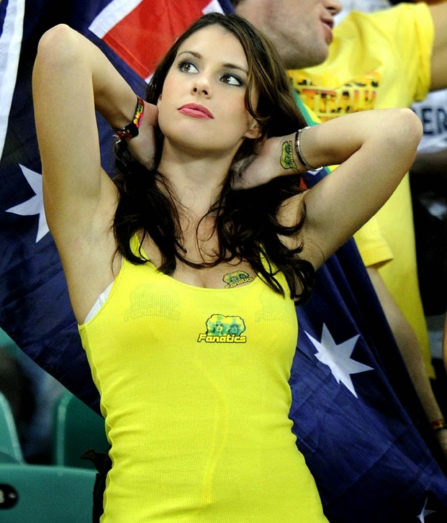 World Cup Brazil 2014: sexy hot girls football fan, beautiful woman supporter of the world. Pretty amateur girls, pics and photos   Australia