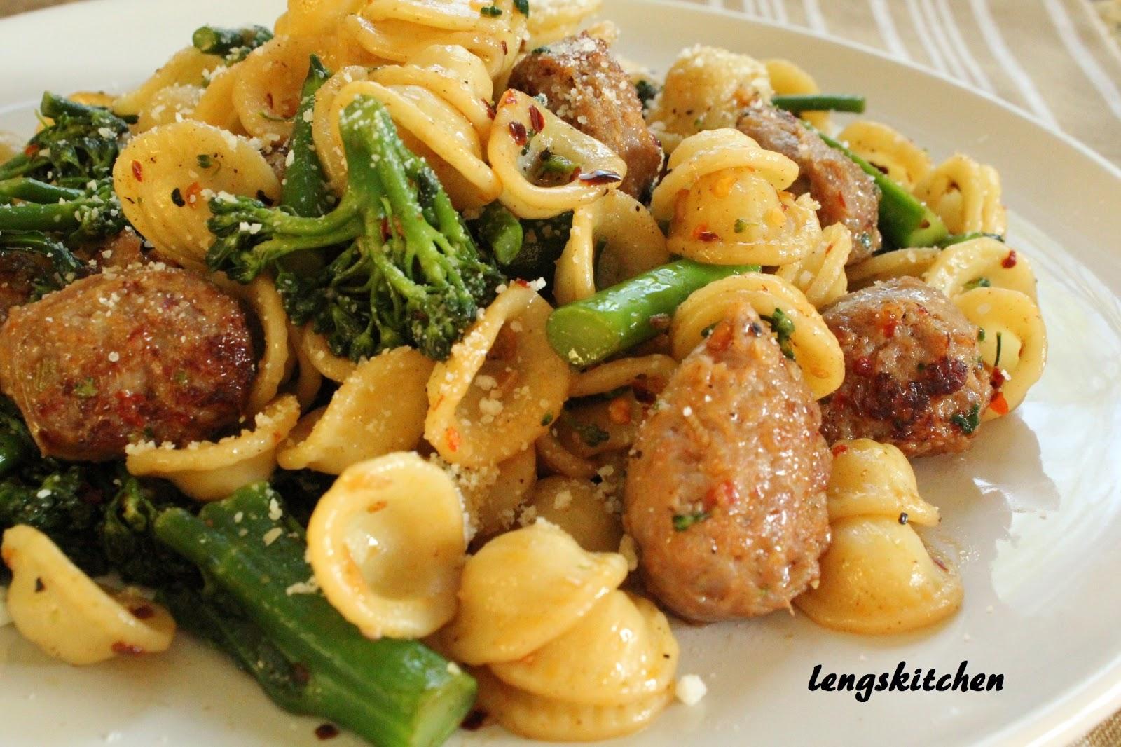 broccoli rabe skillet orecchiette with sausage and broccoli rabe ...