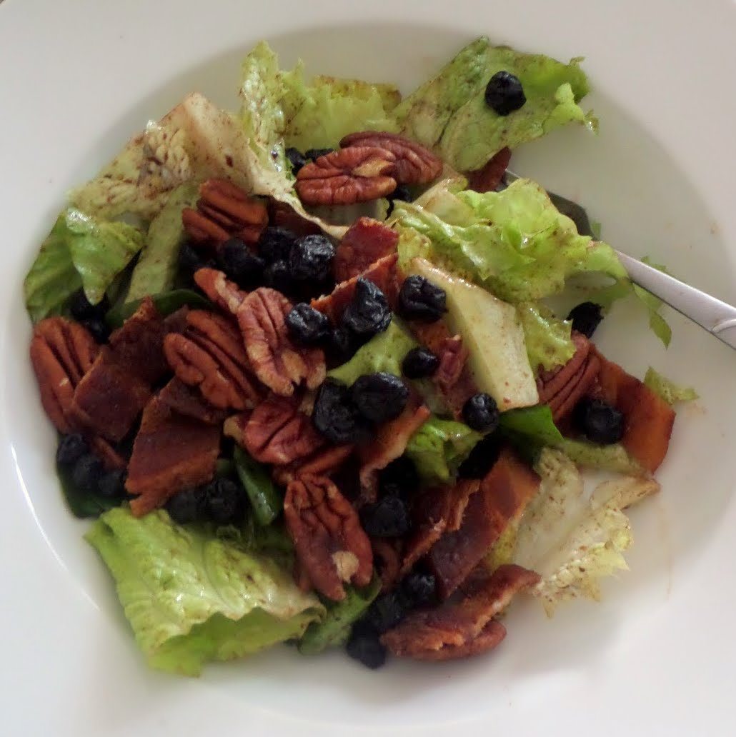 Bacon Pecan Blueberry Salad