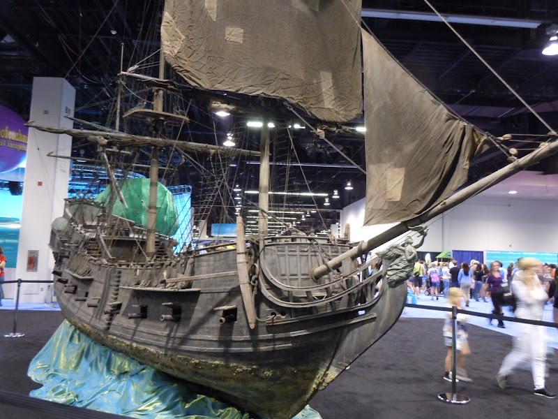 Pirates of the Caribbean Black Pearl miniature