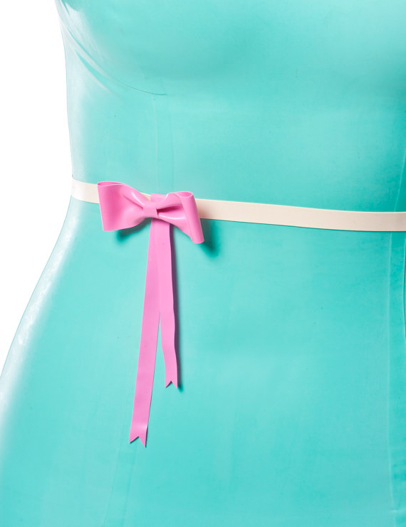 Fetish Accessories : Latex Belt With Bow