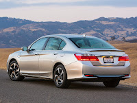 2014 Honda Accord PHEV Japanese car photos 2