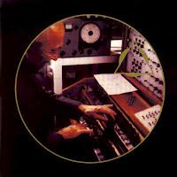 La edición de My Fascinating Instrument de Oskar Sala por parte del sello FAX con un nuevo diseño de portada.