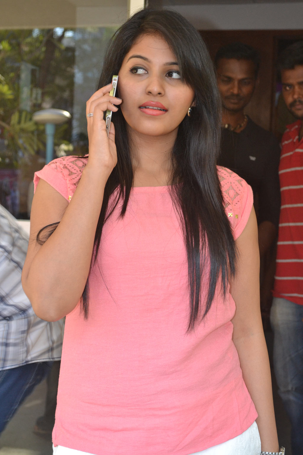 Anjali at Settai
