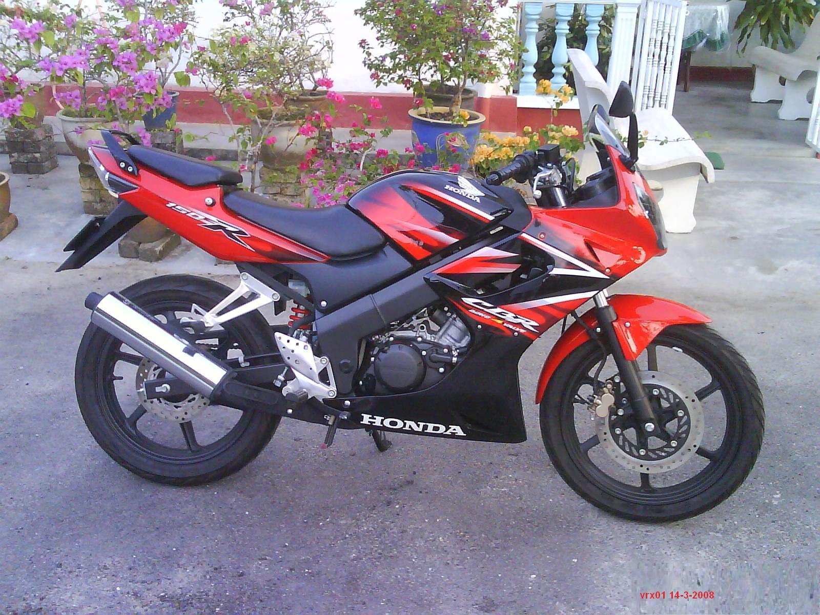 Monogz Information  Kelebihan Dan Kelemahan Honda Cbr 150r Old