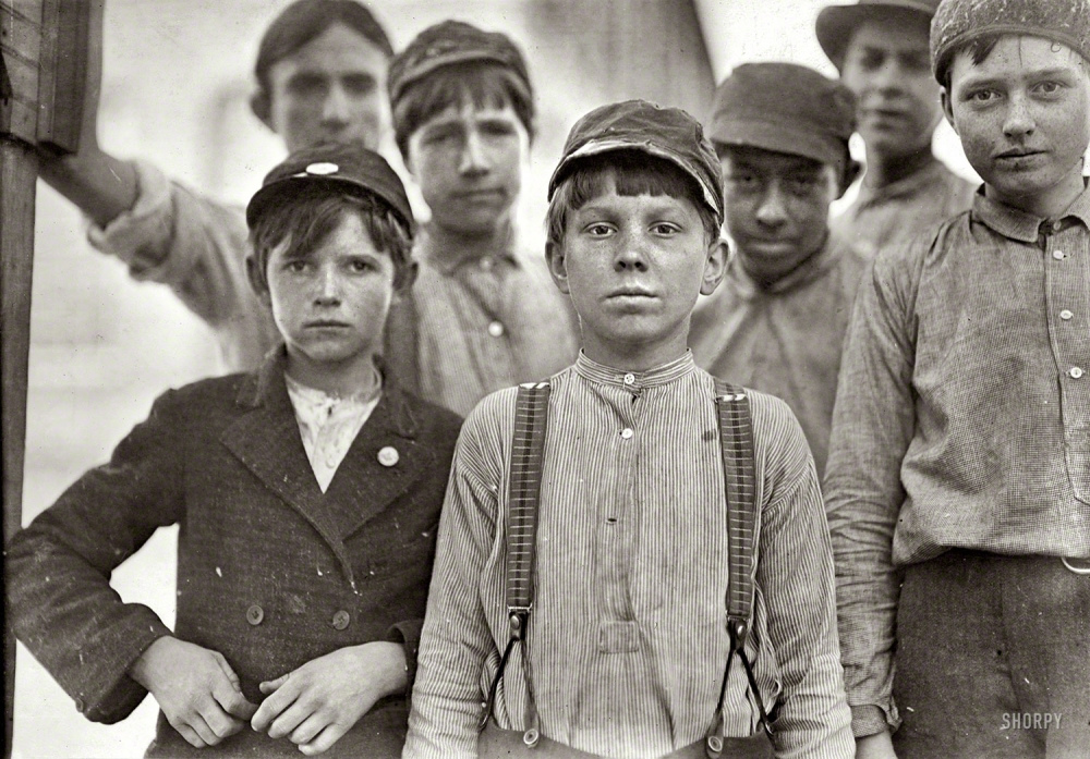 40 Amazing Historical Pictures - 1909 Georgia. Macon. Willingham Cotton Mill Boys