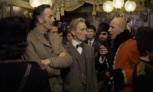 Horror Express Starring Christopher Lee, Peter Cushing, with Telly Savalas