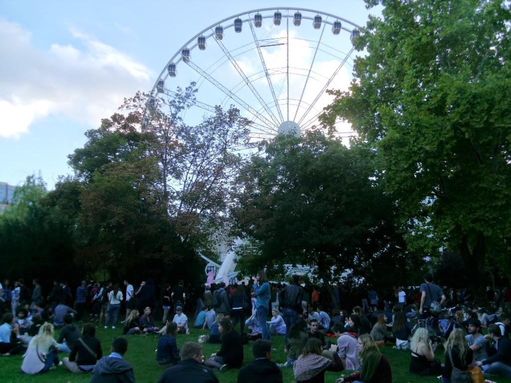 Roda gigante de Budapeste na Praça Erzébet