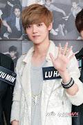 hmm kali ini aku mau repost Luhan Facts karena fakta member EXO K udah, . (luhan exo )