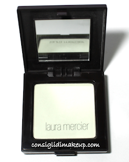 Review: Translucent Pressed Setting Powder - Laura Mercier