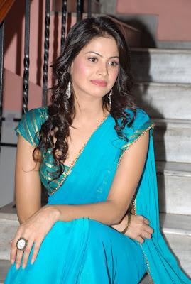 http://3.bp.blogspot.com/-iSJQPDnzdeU/TyF5qjUAJTI/AAAAAAAAFeM/abzcyUaV1L4/s1600/Telugu-actress-supritha-Photo-stills-in-Saree-0bhjmf16.jpg