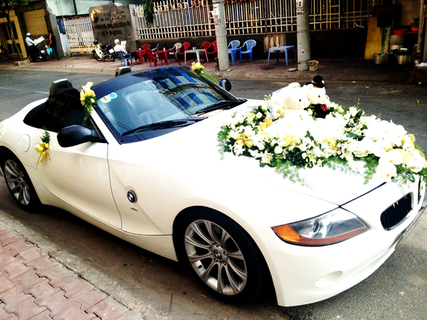 Xe cưới BMW Z4 mui trần