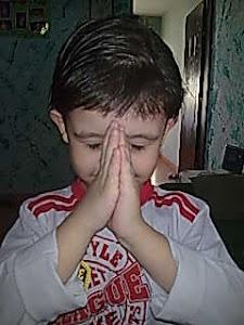 Estamos Orando por você