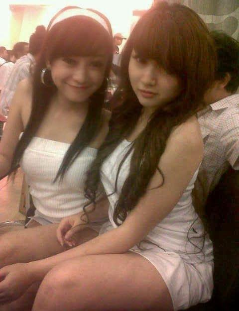 http://imgchili.net/show/53128/53128574_model_sexy5.jpg