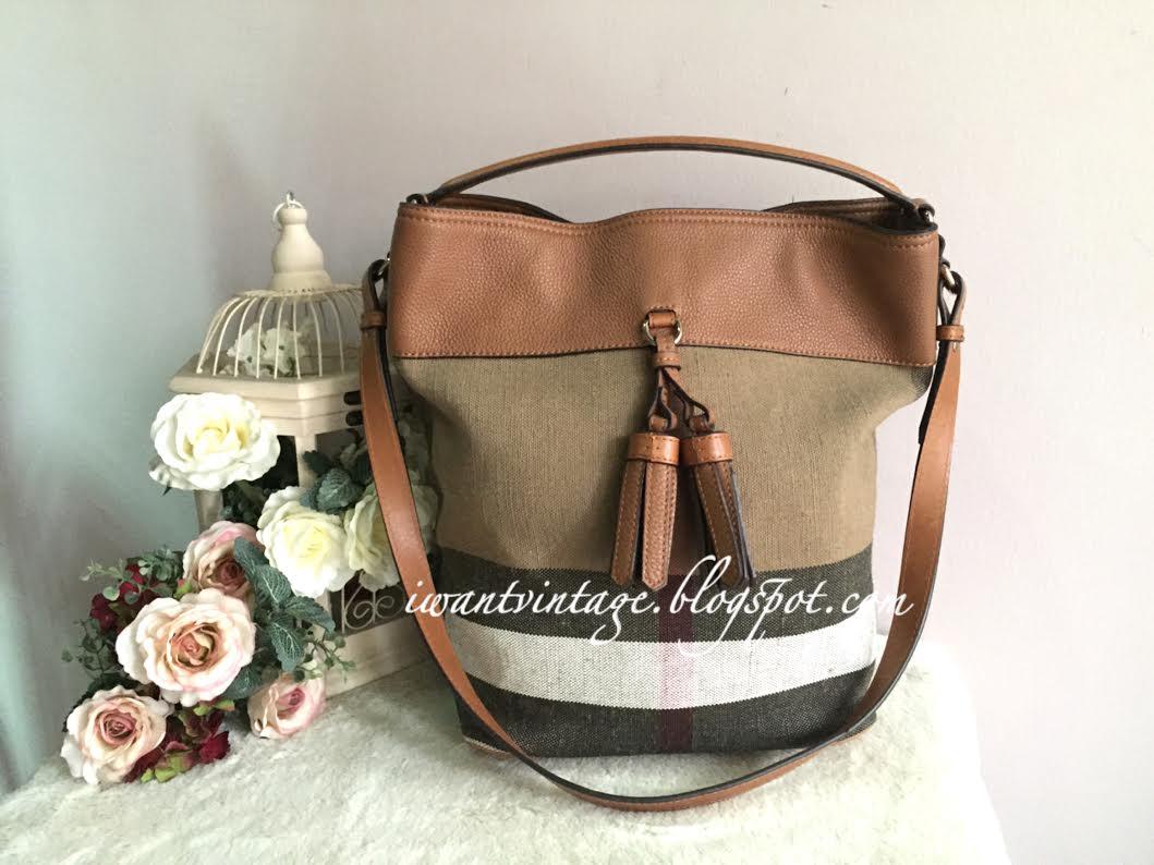 db0b270ccdb4 Burberry Medium Ashby Bucket Bag-Tan