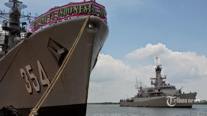 Ingin Jadi Jadi Poros Maritim Indonesia Harus Miliki Armada Perang Yang Tangguh