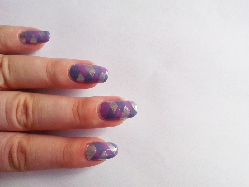 31DC2014 Day 18: HALF MOONS - Braided Nails