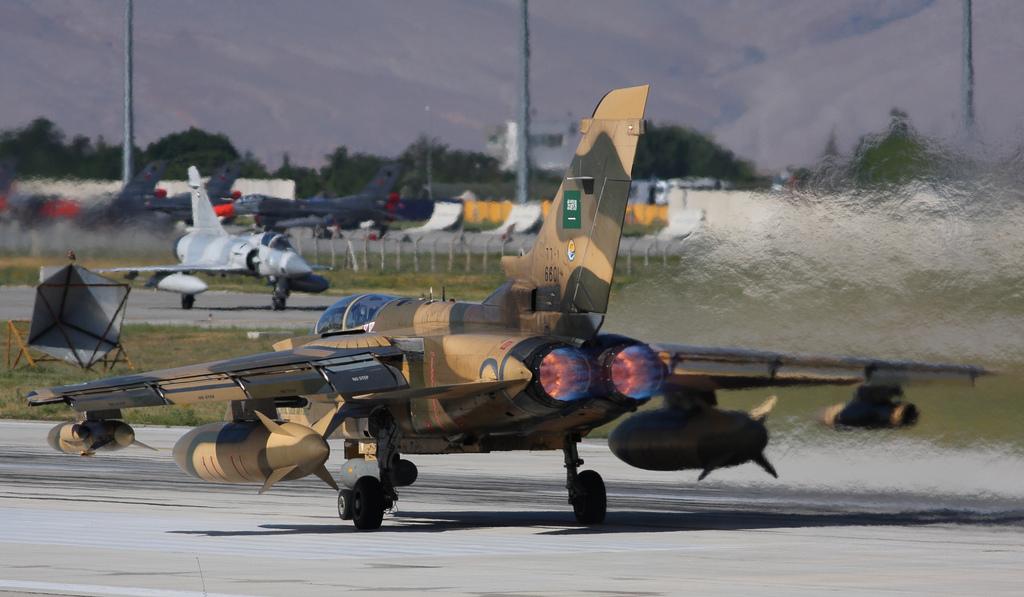 الشامل وبالتفصيل الممل عن تاريخ القوات الجويه السعوديه<<الصقور الخضر>> Saudi+Tornado+Fighter+Jet+Royal+Saudi+Air+Force+%2528RSAF%2529+Panavia+Tornado+IDS+exercise+%2528Anatolian+Eagle+2012+%25283%2529