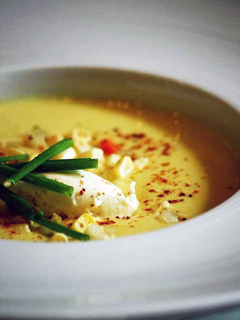 Scrumpdillyicious: Summer Sweet Corn Soup with Crabmeat ...