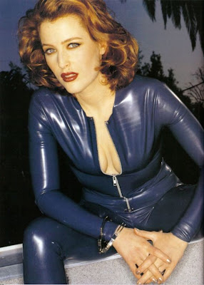 Gilliam Anderson aka Dana Scully in Tight Blue Latex