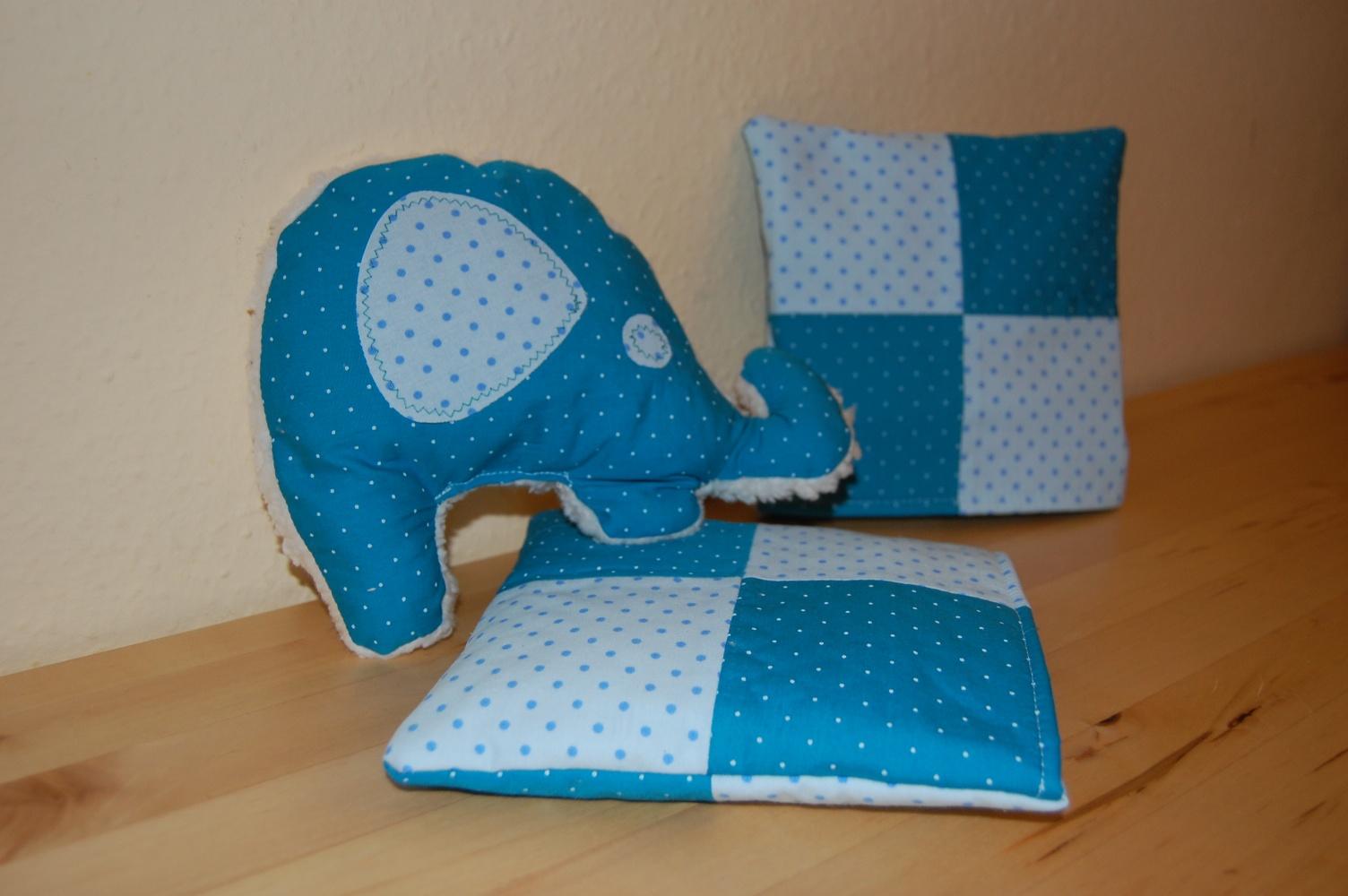 elefant nr 2 kirschkern kissen kunst st ck. Black Bedroom Furniture Sets. Home Design Ideas