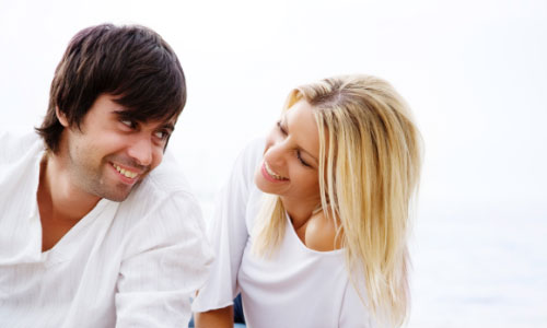 4 Ways to Show Your Girlfriend You Care,couple dating man woman love romance
