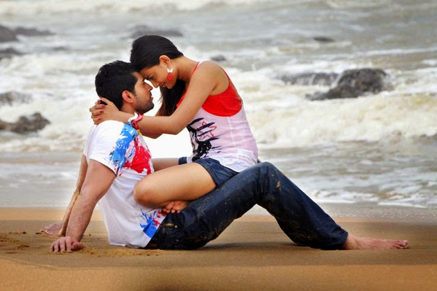 How to know My lover/beloved love me too or not, How to check my girlfriend love me or not