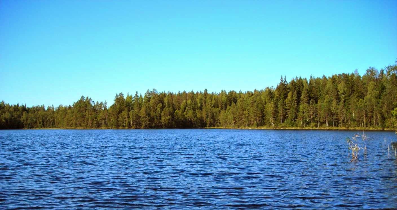 El lago Saimaa en Finlandia