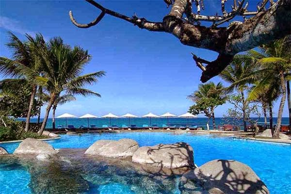 kolam renang hotel nikko bali