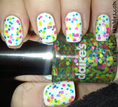 claires-dizzy-neon-glitter-topper-polish