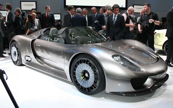 car information porsche leader troll on 918 spyder hybrid superca. Black Bedroom Furniture Sets. Home Design Ideas