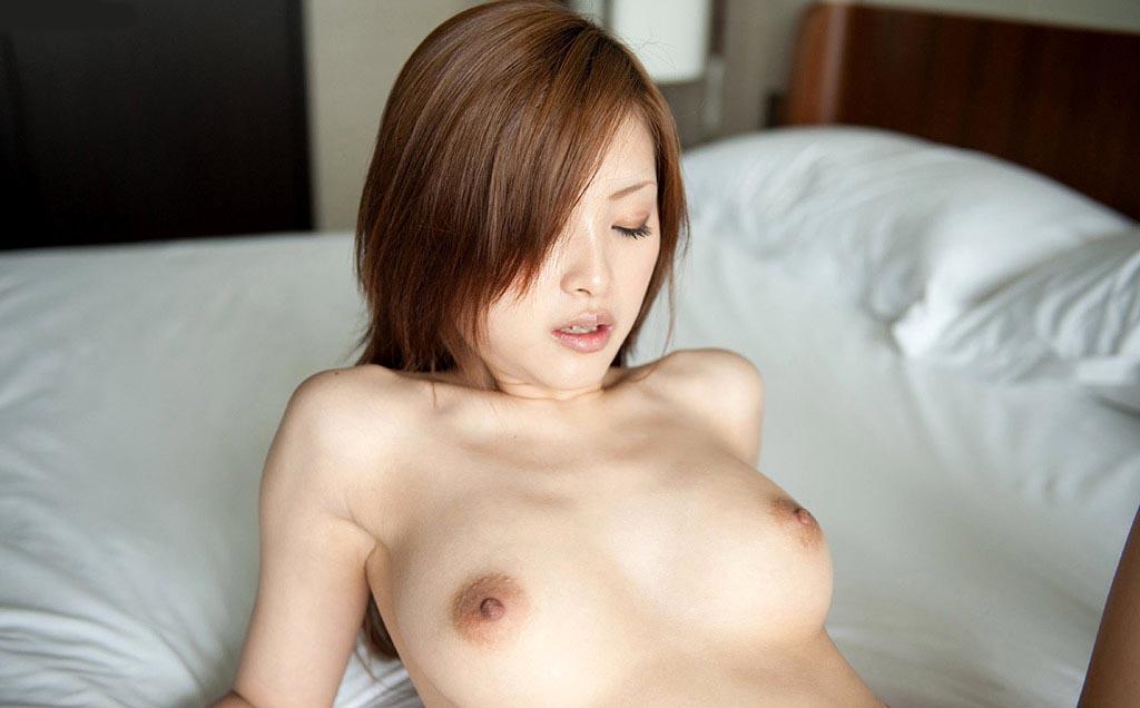 suzuka ishikawa topless photos 01