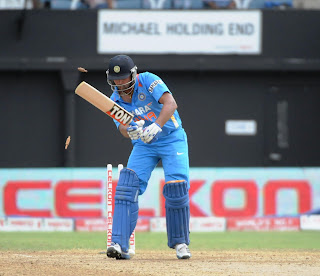 Murali-Vijay-Bowled-India-vs-Srilanka-Tri-Series-2013