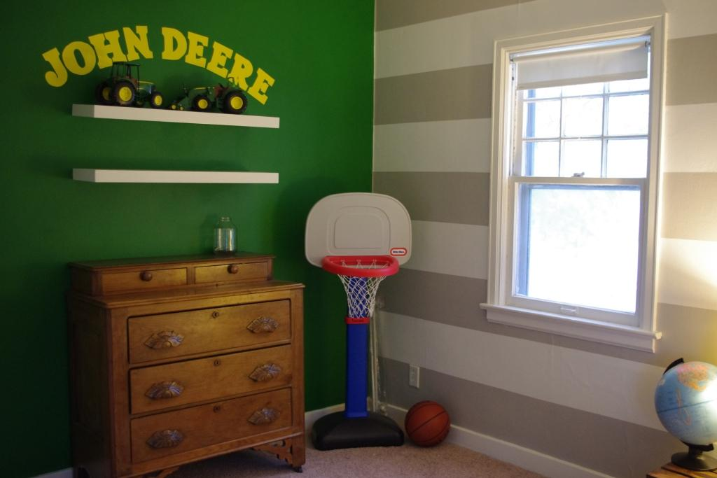 John Deere Boys Bedroom : A million tiny little things john deere room tour