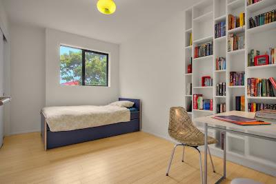 Ruang Tidur Warna Putih 7