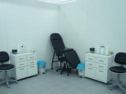 Estúdio limpo e confortável