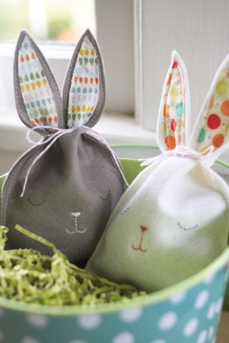 Easter wrapping with cute textile bunny bags
