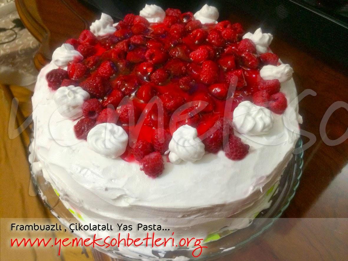 evde pasta, evde yas pasta nasil yapilir, pasta yapimi, pratik pasta, frambuazli pasta, kakaolu pasta, frambuazli kakaolu pasta, pandispanya nasil yapilir, gercek pandispanya