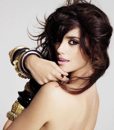 Penelope Cruz Hair, Long Hairstyle 2011, Hairstyle 2011, New Long Hairstyle 2011, Celebrity Long Hairstyles 2109