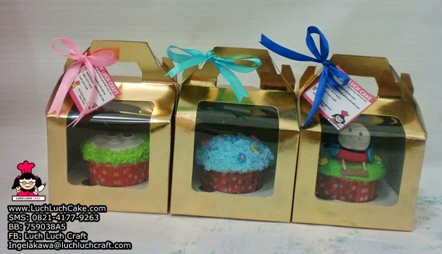 cupcake souvenir ulang tahun